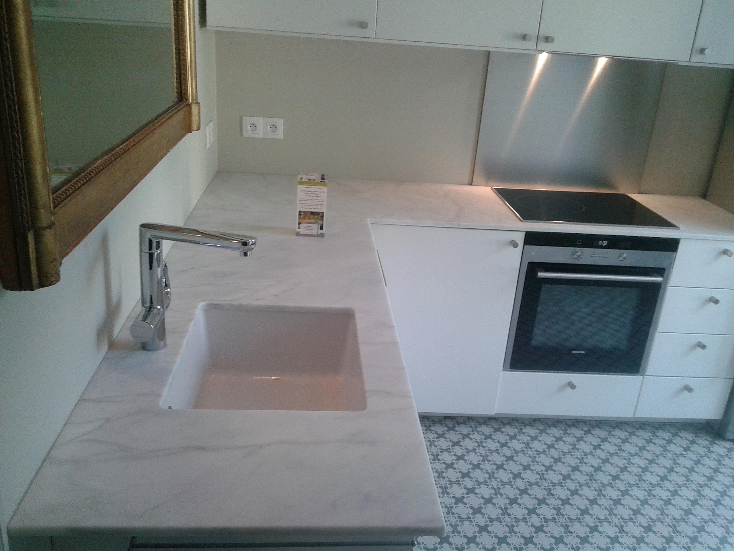 plan de travail granit quartz table en mabre paris essonne marbre carrare cuisine et sdb. Black Bedroom Furniture Sets. Home Design Ideas