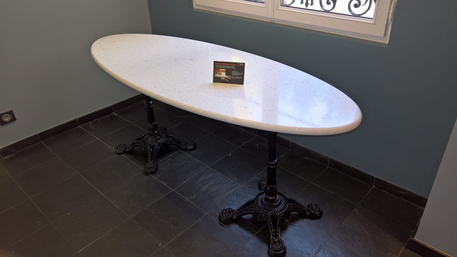 Table ovale Quartz Silestone