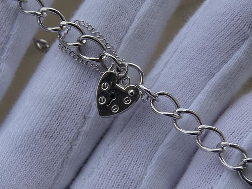 9ct W/G Bracelet