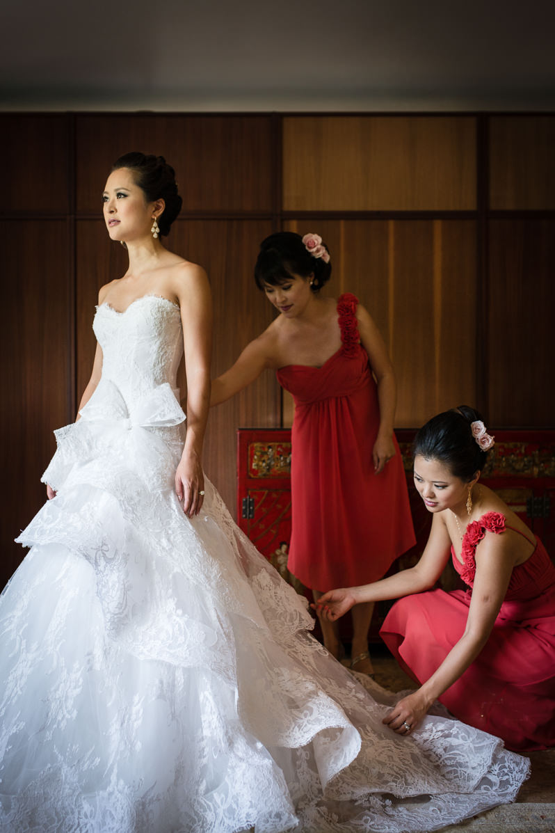 bride and her sisters paiko 8:12:14.jpg