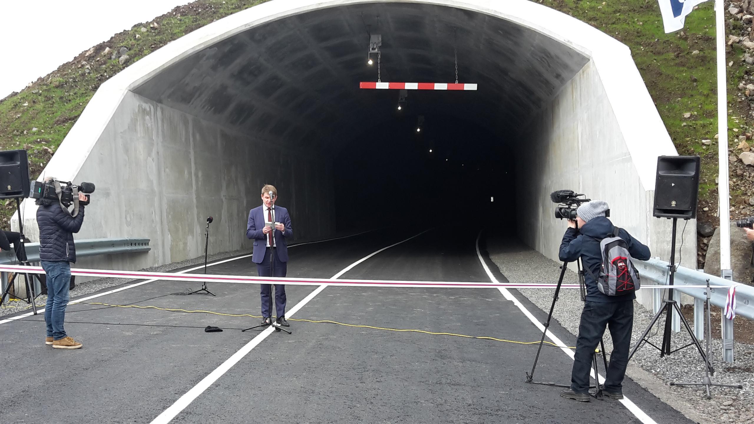 Vid_Tunnel2
