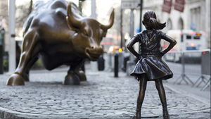 Brave Girl facing down the Bull of Wall Street