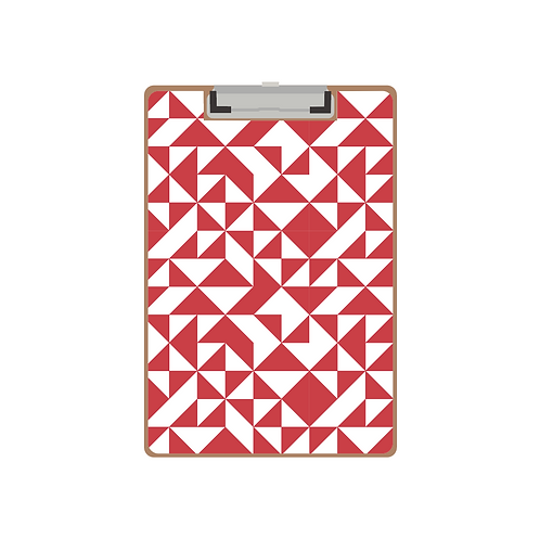 CLIPBOARD red quilt triangle pattern