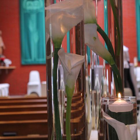 greenery white wedding ceremony