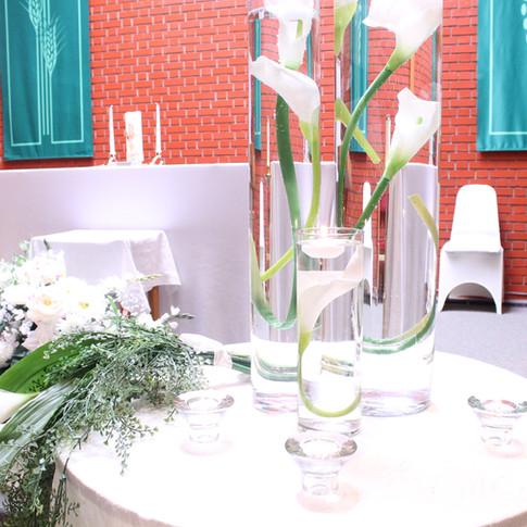 greenery wedding centrepiece