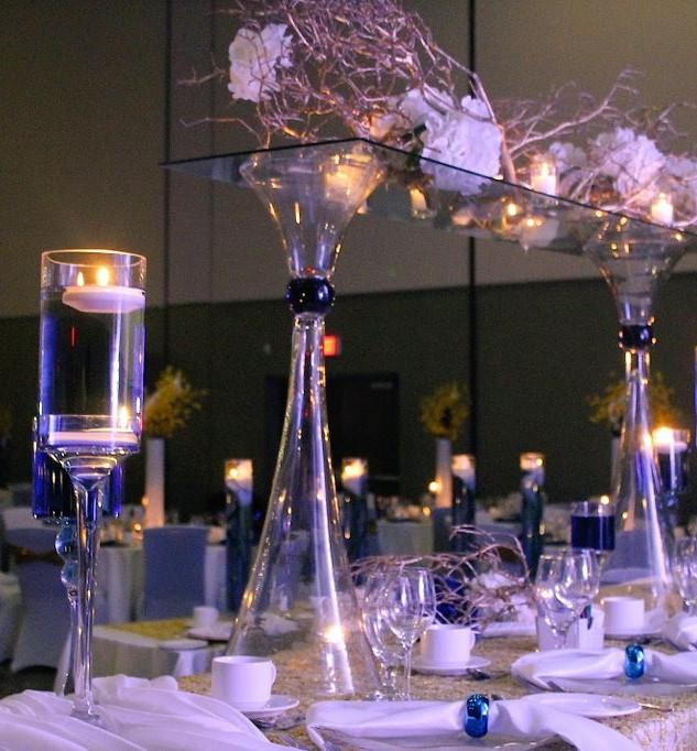 Tabletop floral installation