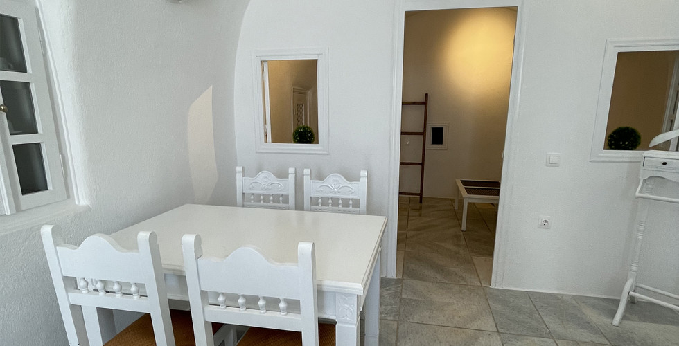 Cave House - Oia Collection