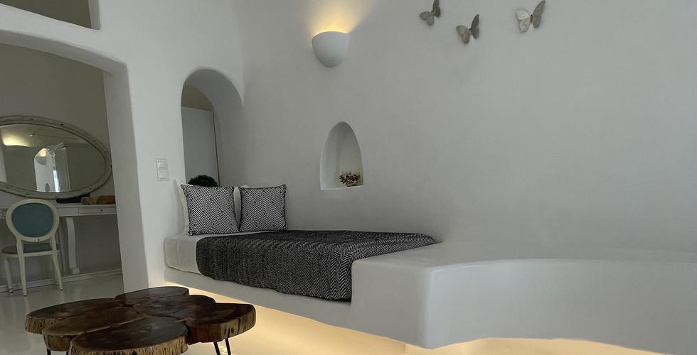 Grande House - Oia Collection