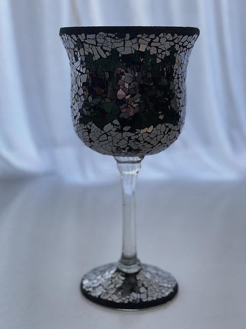 Short dark Mosaic centrepiece