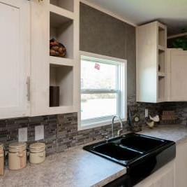 Commonwealth 201 kitchen 7.jpg