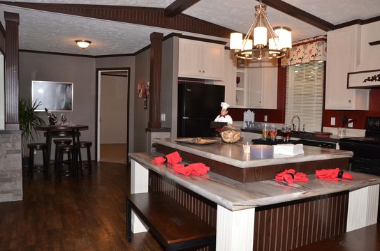 16783x_dining_area_kitchen_545_1.jpg