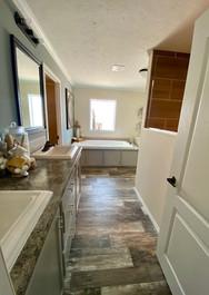 Greystone Mst Bath pic 1.jpg