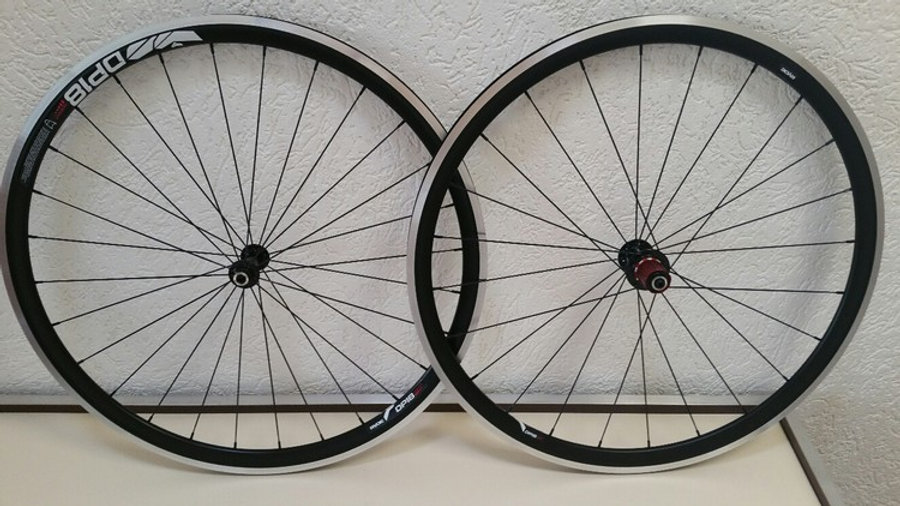 Wielset Novatec / Rigida DP18 Speed
