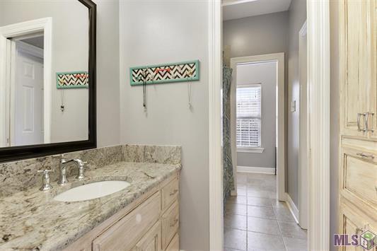 Large Additional Bathroom