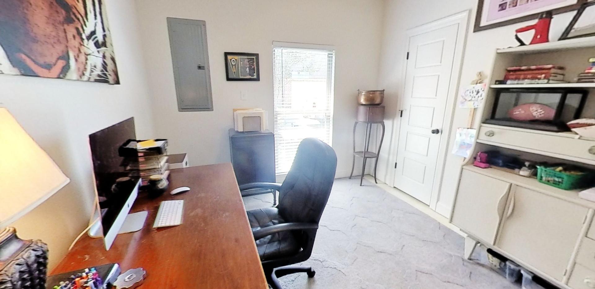 Bedroom 4/ Office