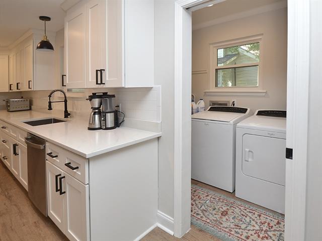 Kitchen/ Utility