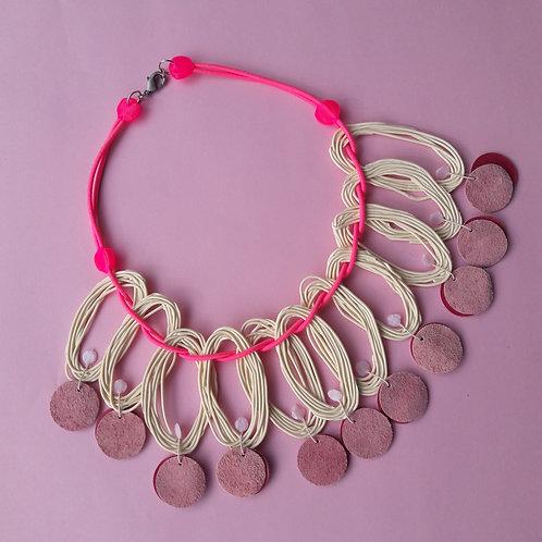 Oval beige pink - necklace medium