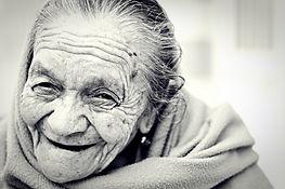 woman-1031000_1280.jpg
