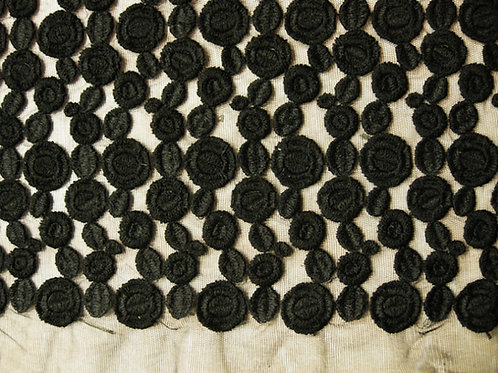 Вышивка на сетке 131.131022 (сетка-100%п/э  вышивка-вис/шелк 70 см)