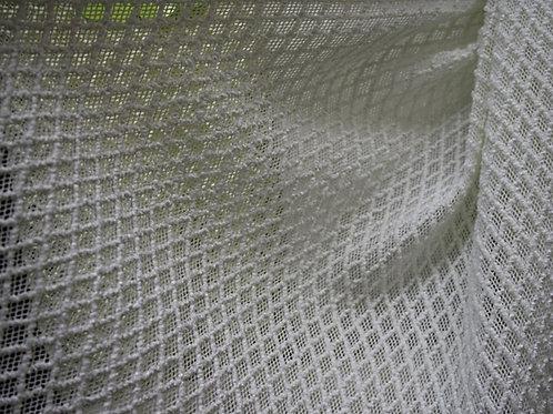 Кружево на сетке 5.250137 (50% ви 30% хл 20% пэ 110 см)