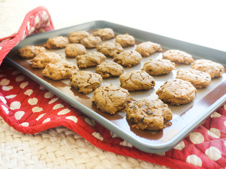 Gooey Chocolate Chips Cookies