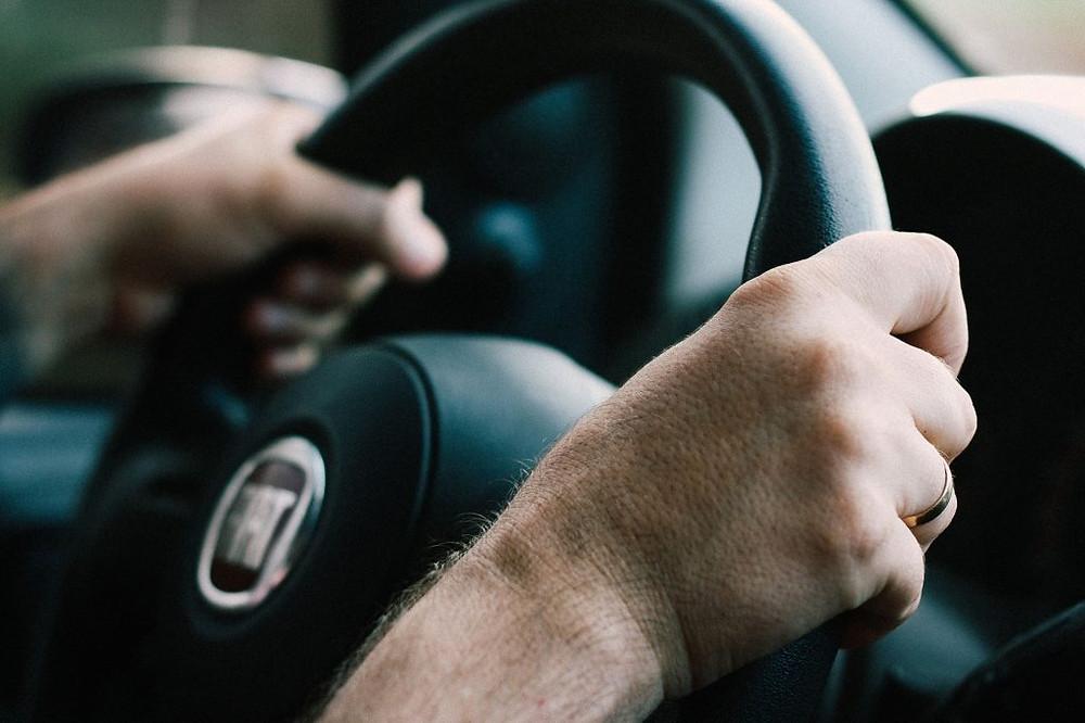 manual myth - manuals provide more driving control - adult driving a fiat