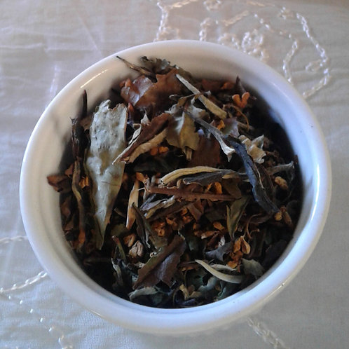 White Tea with Osmanthus Flowers