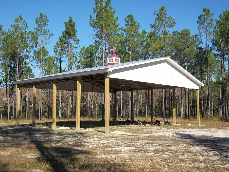 Backwoods buildings pole barns metal trusses florida for 30x50 pole barn