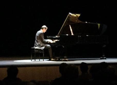 """Pianist Alessandro Cervino create my piece """"Une dernière étreinte"""" after Schumann"""