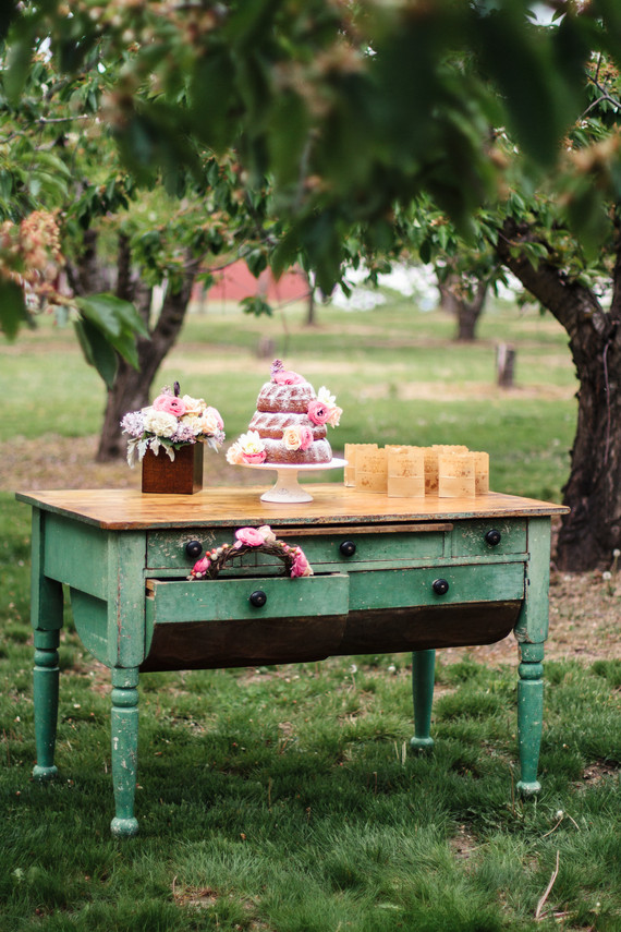 cake in trees up close.jpg