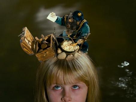 Alice in Wonderland: Adventures into the Uncanny - part 3