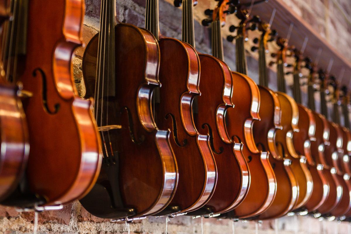 Violin_Shop-0006