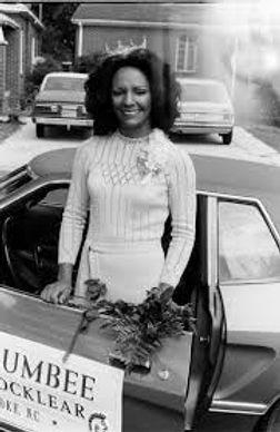 1976 linda.jpg
