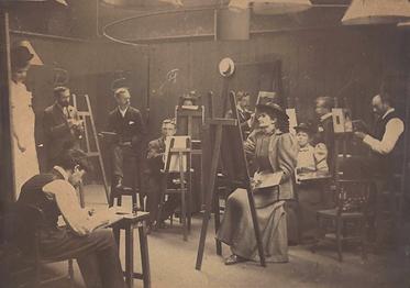 members drawing class studio