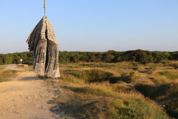 Pointe du Hoc grounds