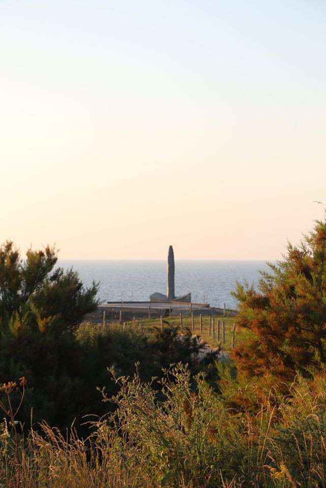 Pointe du Hoc Rock 2
