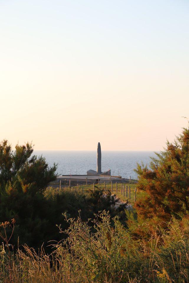 Pointe du Hoc Rock 2