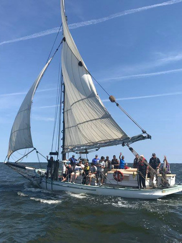 Sailing the historic Oyster Sloop, Priscilla
