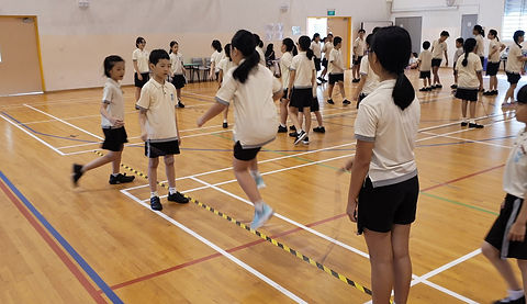 In this video, pupils jumping the Long Rope demostrating fast reflects, reaction and precision movement.