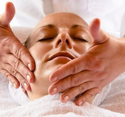 Have a relaxing , therapeutic face treatment with only pure natural products
