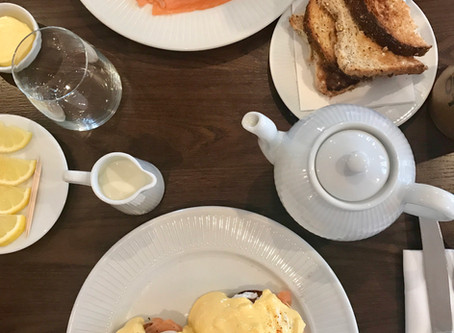 LITTLE GEMS: Bank Holiday Lazyitis! Plus Eating Out at Cote Hale, Common Ground Altrincham, Hawksmoo
