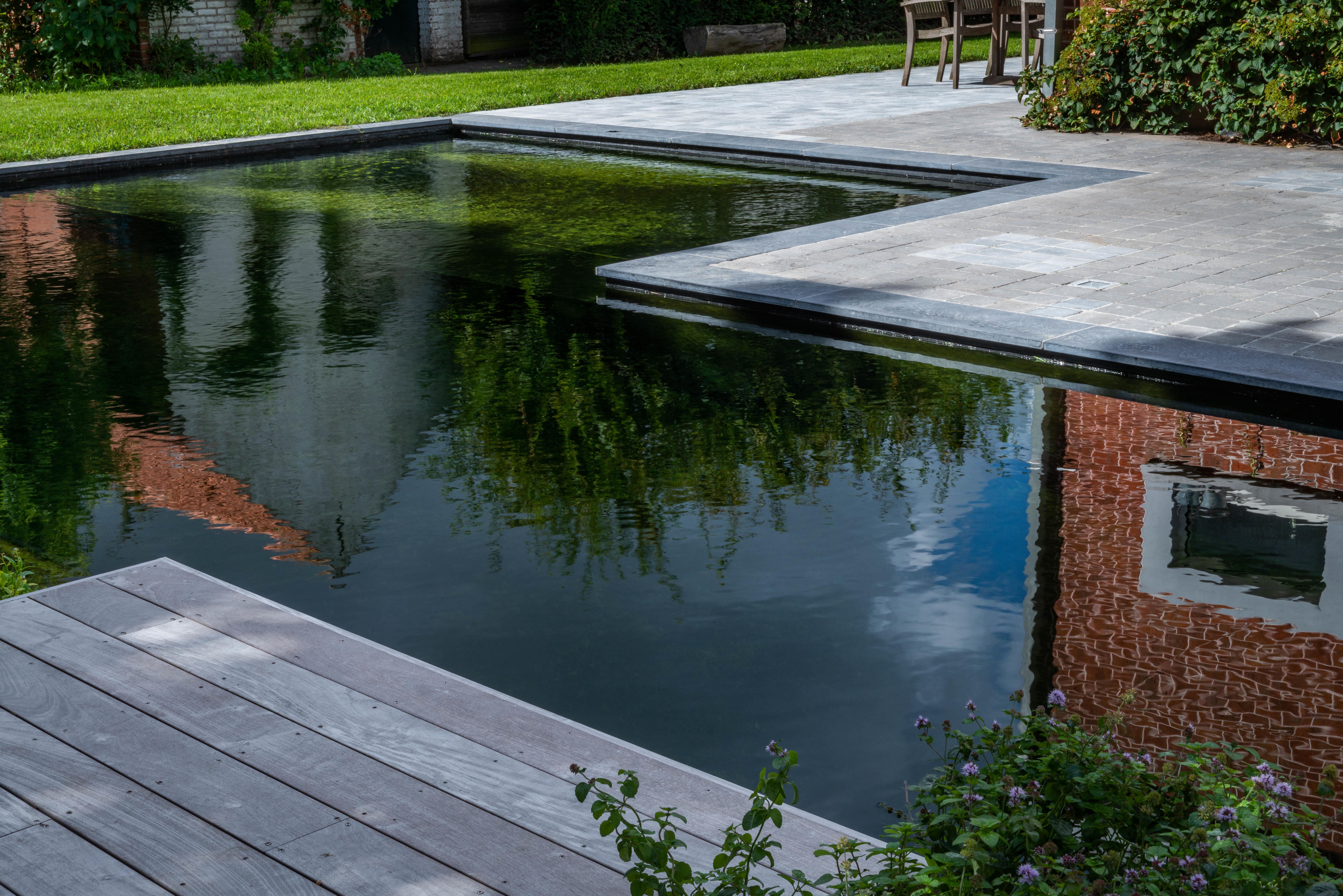 Zwembadenplus terras