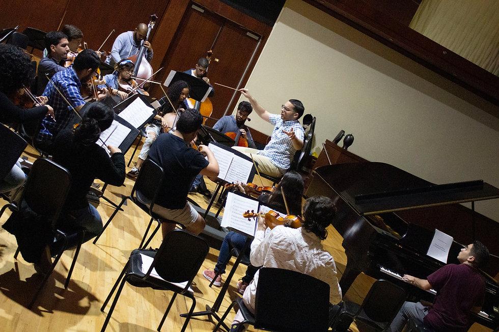 Emmanuel Orquesta 1.JPG