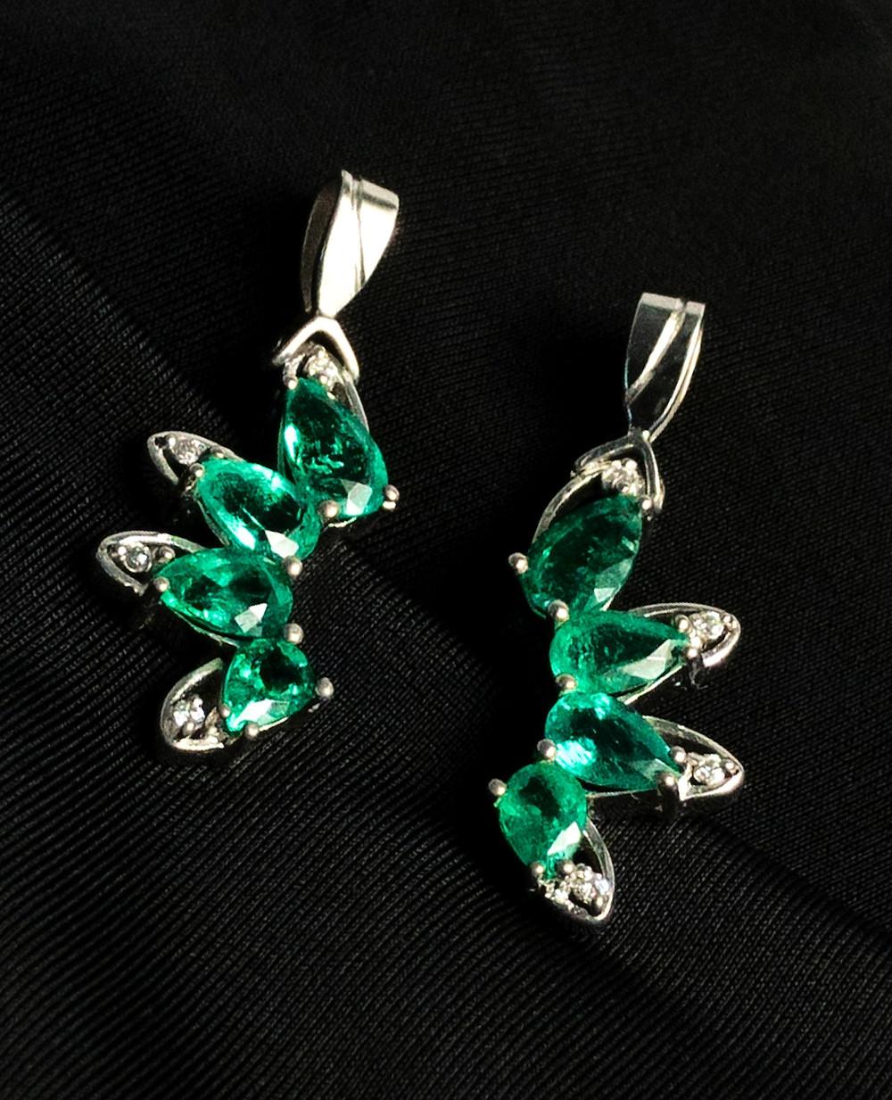 Dije con Diamantes y Esmeraldas Colombianas
