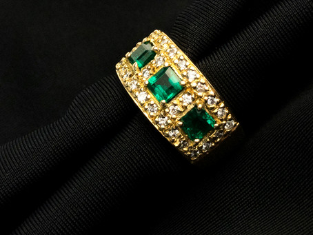 THE MOST PRECIOUS CURIOSITIES OF OUR EMERALDS