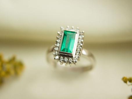 ¿Cuáles son las diferencias entre las esmeraldas y los diamantes?