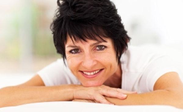 menopoz kadın hayatının doğal evrelerinden biridir
