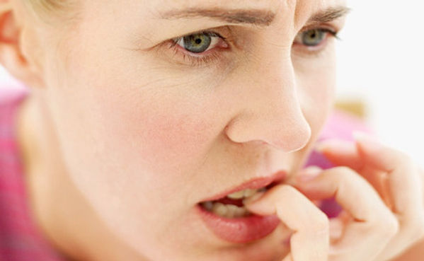 menopoz döneminde çok çeşitli belirti ve şikayetler olabilir