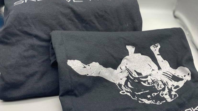 """Sky Dive Raker"" Short Sleeve Shirt"