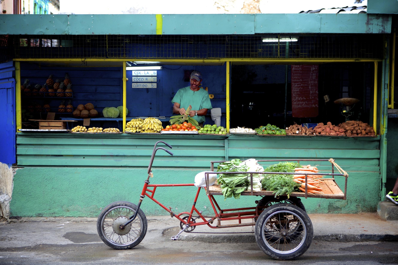 Green Store / Red Bike – Calle Crespo